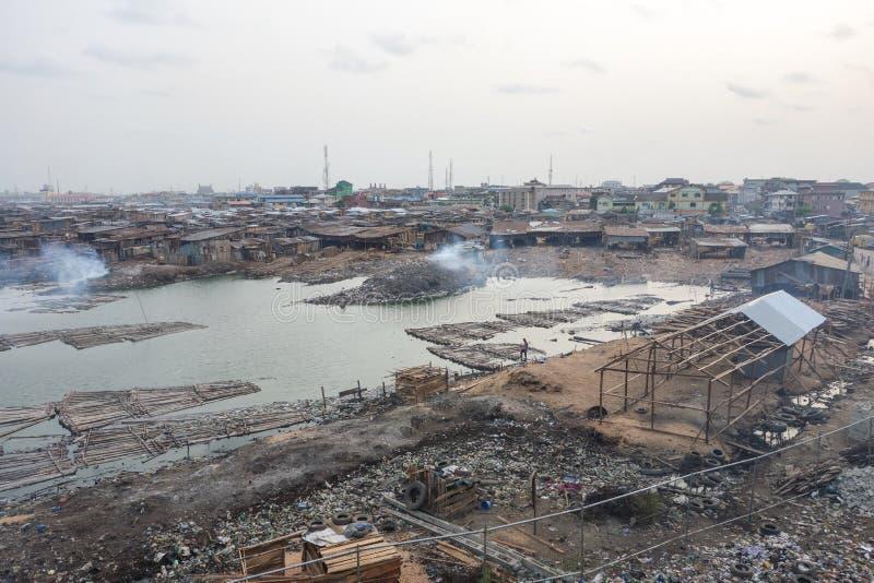 贫民窟在拉各斯尼日利亚 库存照片