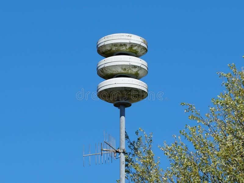 民防警报器设施在荷兰 免版税库存图片