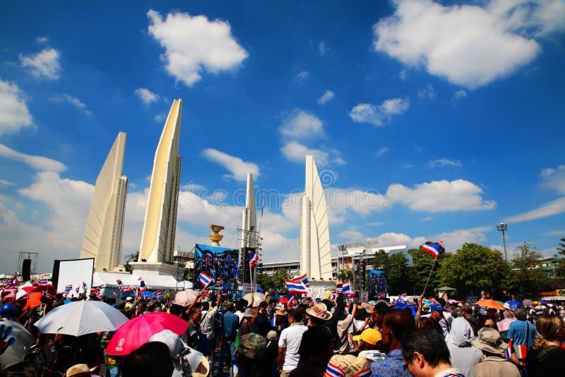 民主纪念碑的抗议者对反政府特赦票据 免版税图库摄影