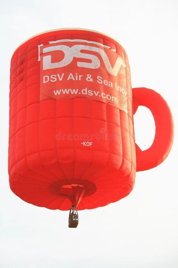 气球咖啡热杯子 免版税库存照片