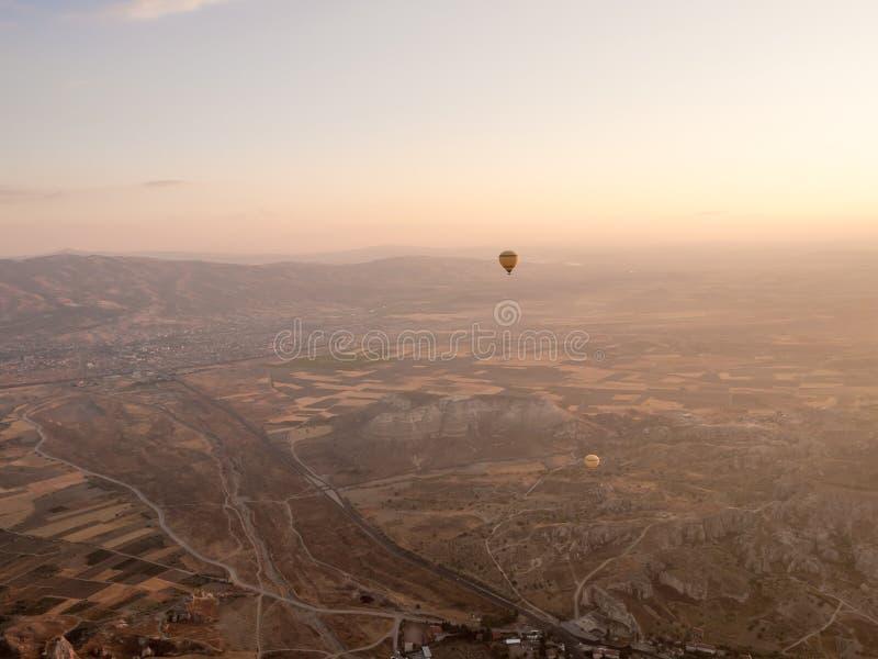 气球游览在Goreme 库存图片
