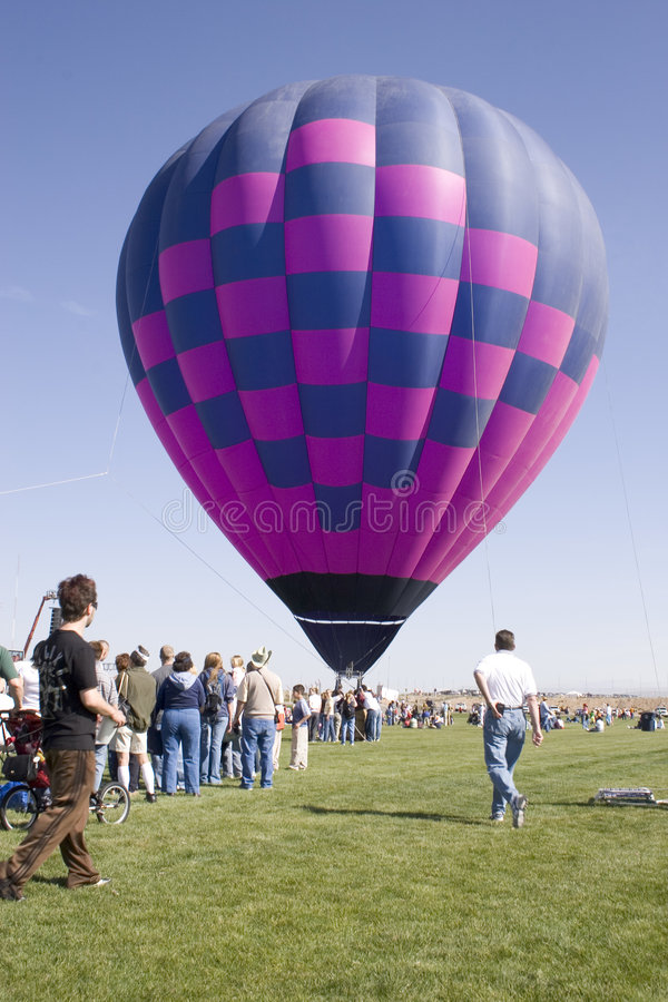 气球离地升空 库存照片