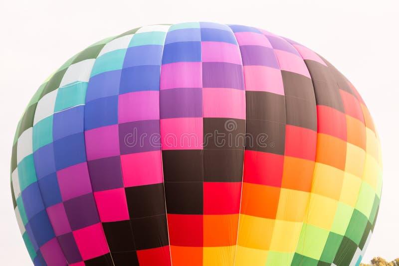 Download 气球飞行热photgrphed显示VA的bealton马戏 库存图片 - 图片 包括有 演奏台, 上升: 72365235