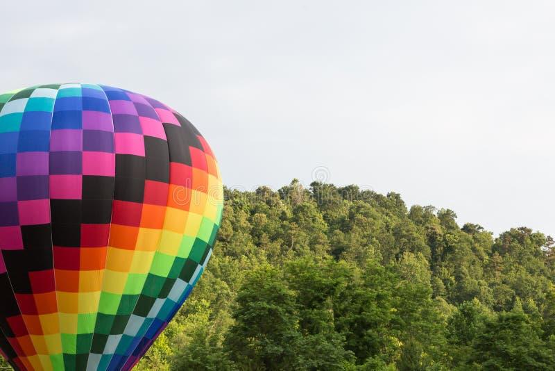 Download 气球飞行热photgrphed显示VA的bealton马戏 库存照片 - 图片 包括有 自由, 云彩: 72365260