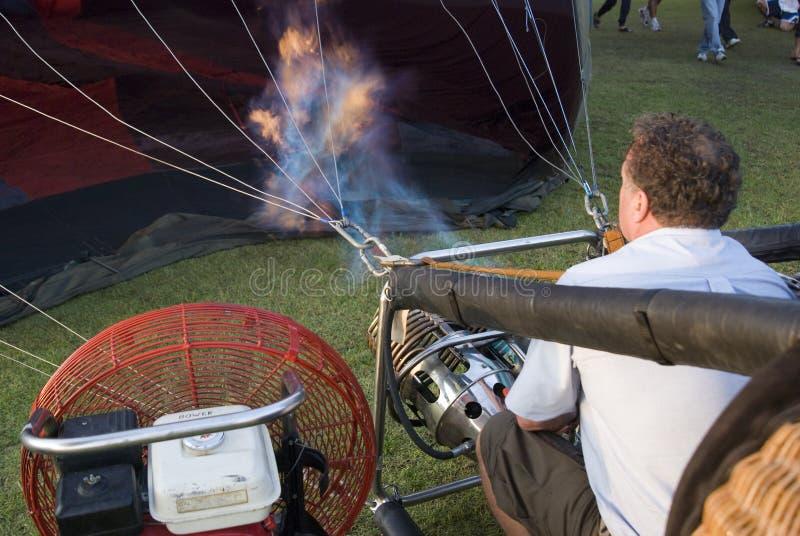 气球驾驶者燃烧器运行 库存照片