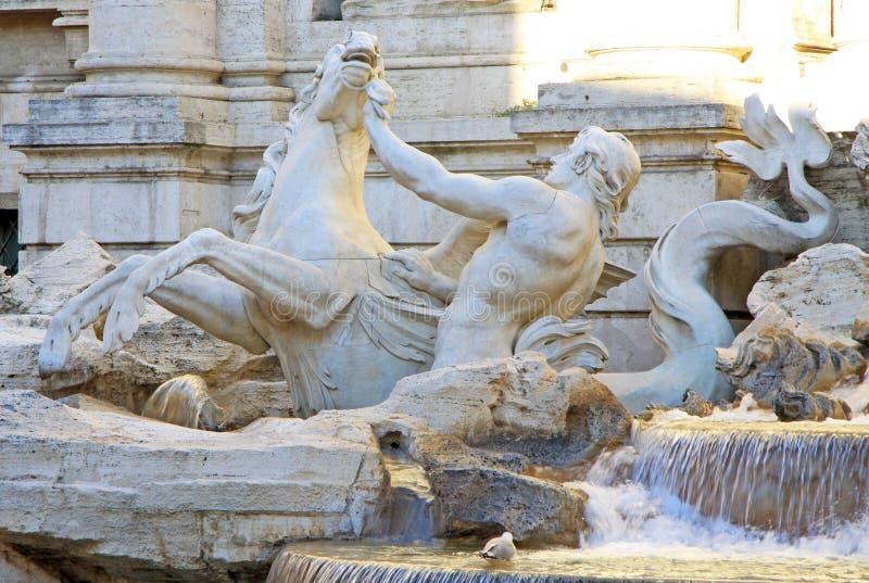 氚核和海怪雕象,一部分的Trevi喷泉在罗马,意大利 免版税库存图片