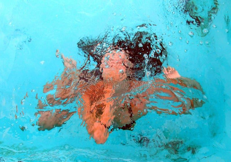 水下的女孩 图库摄影