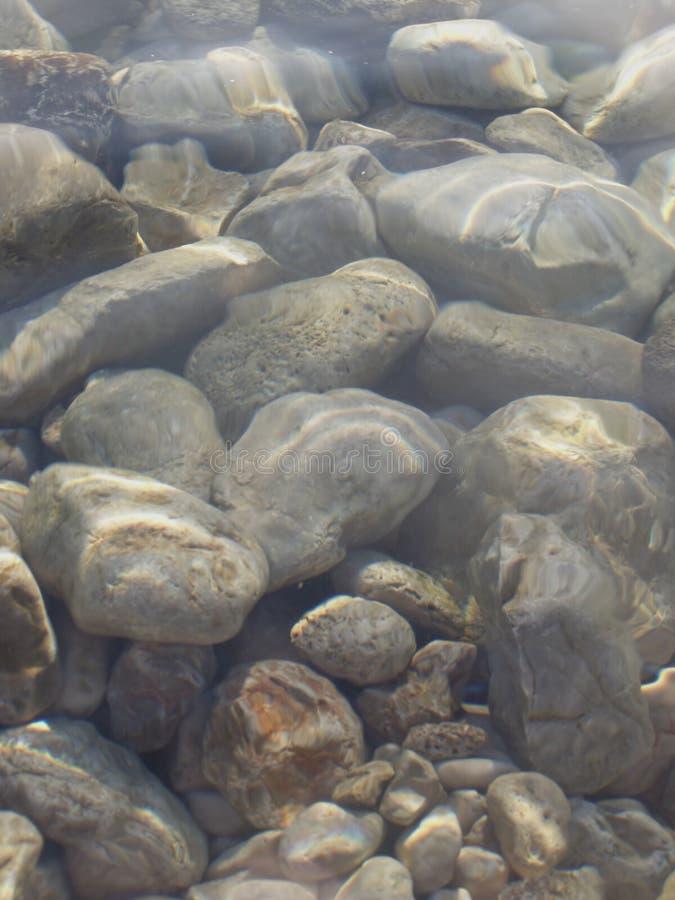 水下的岩石 库存照片