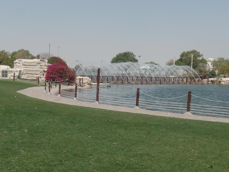 水和喷泉向往公园,多哈,卡塔尔 库存图片