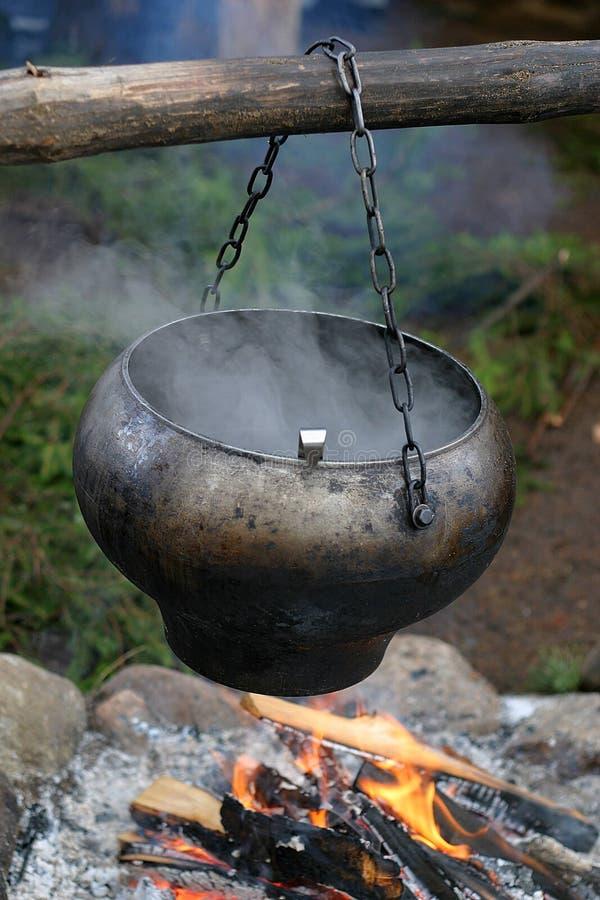 水壶抽烟 库存图片