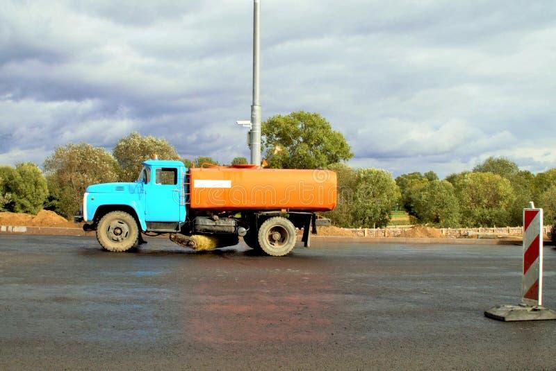 水大喷气机洗涤路面 免版税库存图片