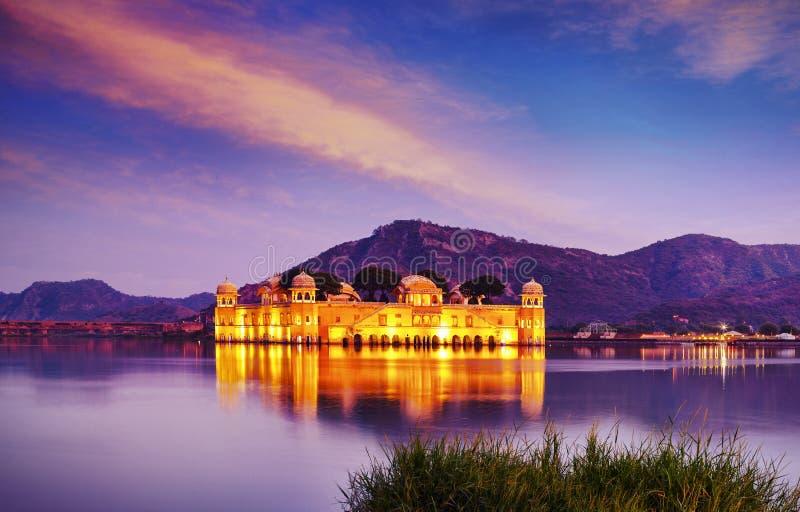 水宫殿Jal玛哈尔,人Sager湖,斋浦尔,拉贾斯坦,印度,亚洲 库存照片