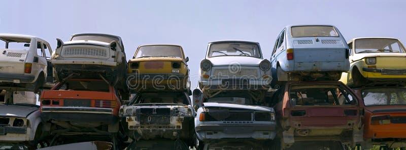 水平的生锈的汽车 库存图片