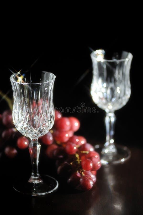 水晶空的玻璃酒 免版税库存照片