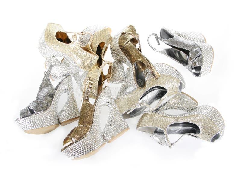 水晶被复的堆平台鞋子 库存照片