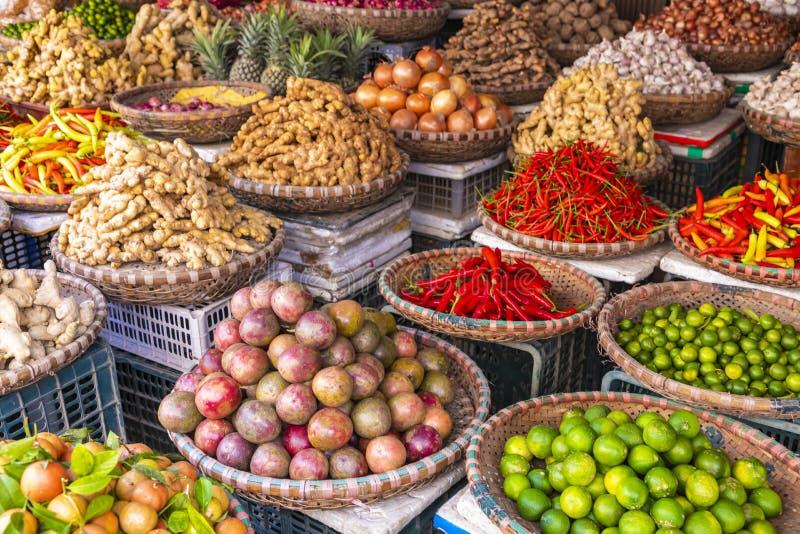 水果和蔬菜市场在河内,老处所,越南,亚洲 免版税库存图片