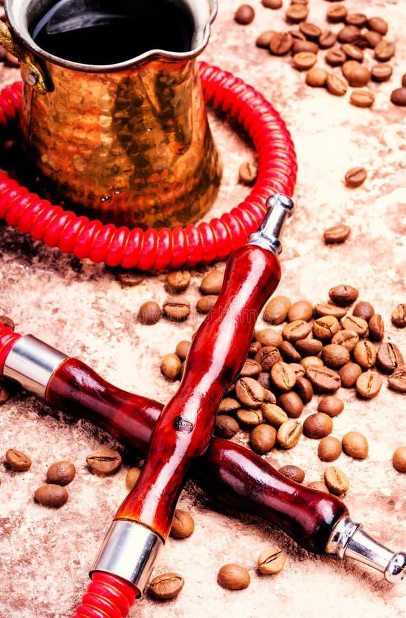 水烟筒用芳香咖啡 图库摄影