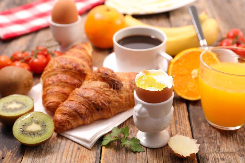 水煮蛋早餐 免版税库存照片