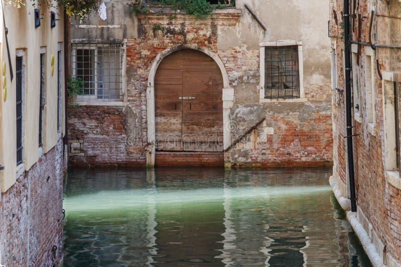 水路运河在威尼斯,意大利 免版税图库摄影