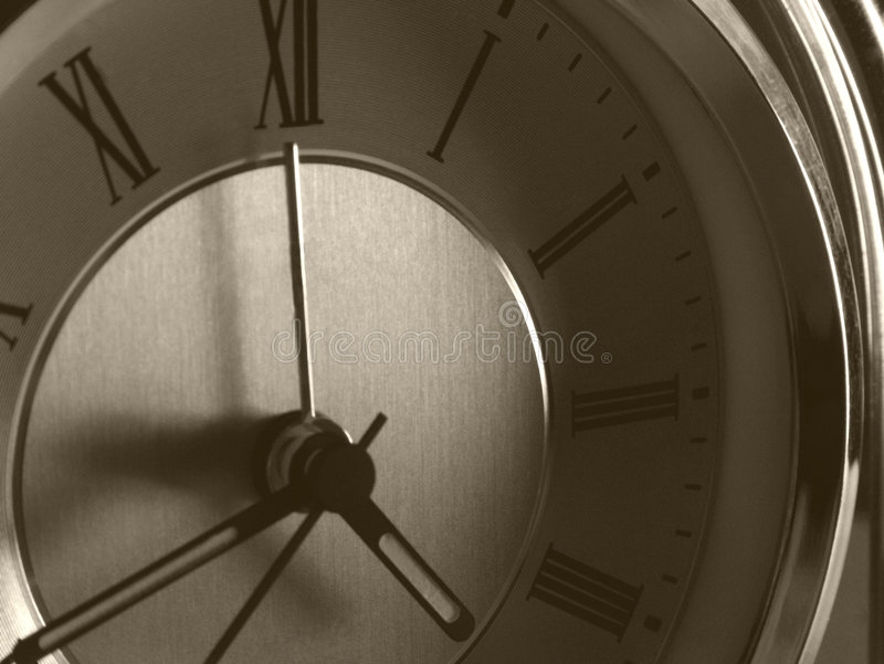 Download 永恒的钟表 库存图片. 图片 包括有 时钟, 被宣扬的, 经典, 壁炉台, 其次, 石英, 准确, 罗马, 永恒 - 57913