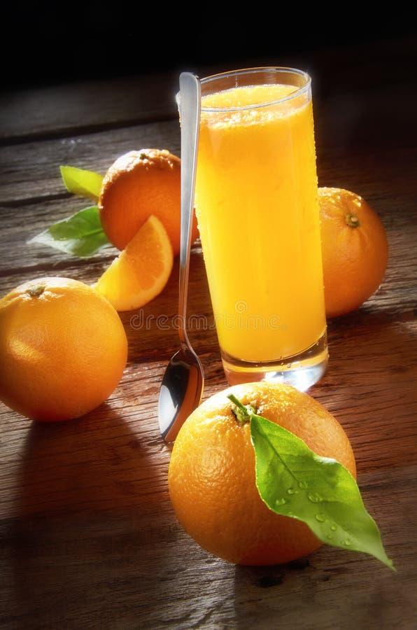汁液桔子 库存照片