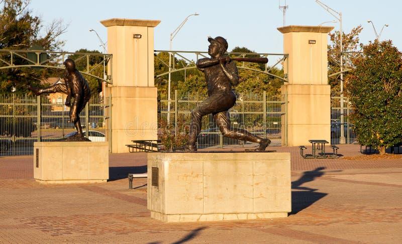 汉克・阿伦雕象,特纳领域,亚特兰大, GA 免版税库存图片