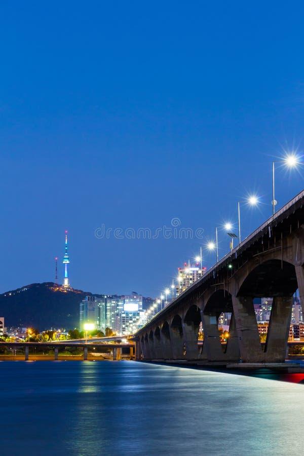 汉城市在晚上 免版税库存图片