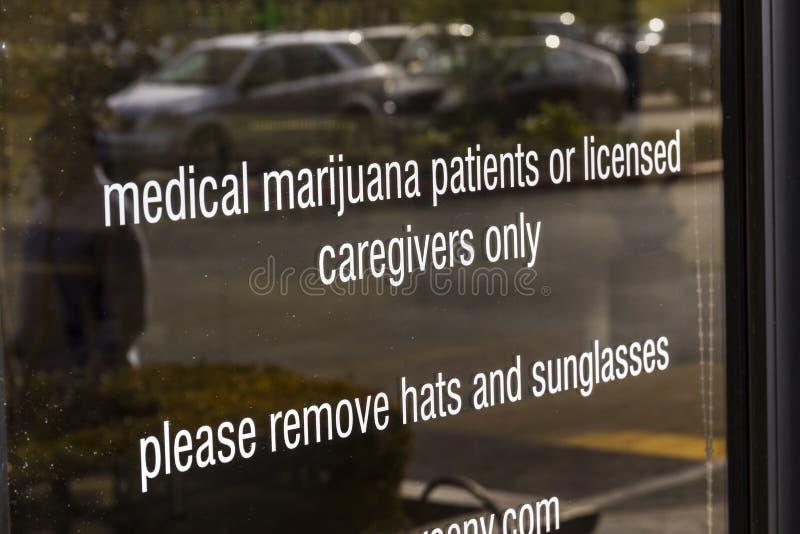 汉德尔逊-大约2016年12月:来源拉斯维加斯医疗大麻防治所 在2017年,罐将是法律的在内华达III 免版税库存照片