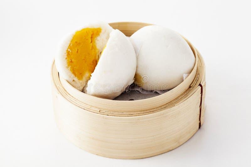 汉语蒸的乳脂状的乳蛋糕小圆面包 库存照片