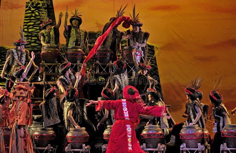 汉语跳舞种族qiang 免版税库存图片