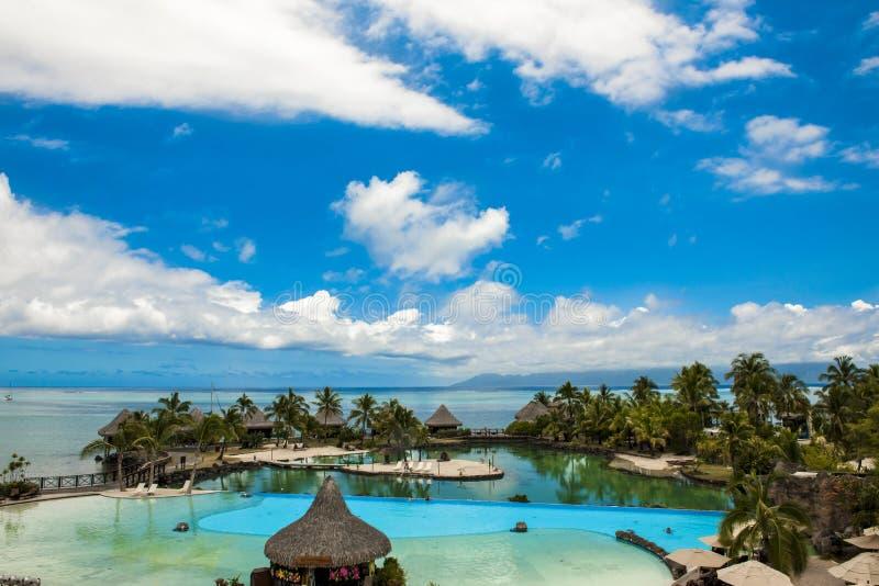 水池旅馆洲际的帕皮提 库存图片