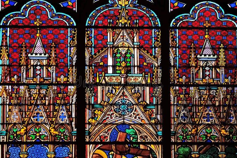 污迹玻璃窗在圣欧仁-圣塞西莉亚教会,巴黎里 库存图片