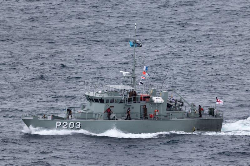 汤加防御服务离去的悉尼港口的巡逻艇VOEA Savea P203 图库摄影