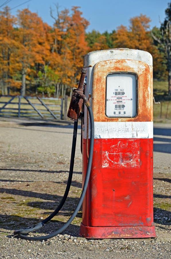 汽油老泵 免版税库存照片