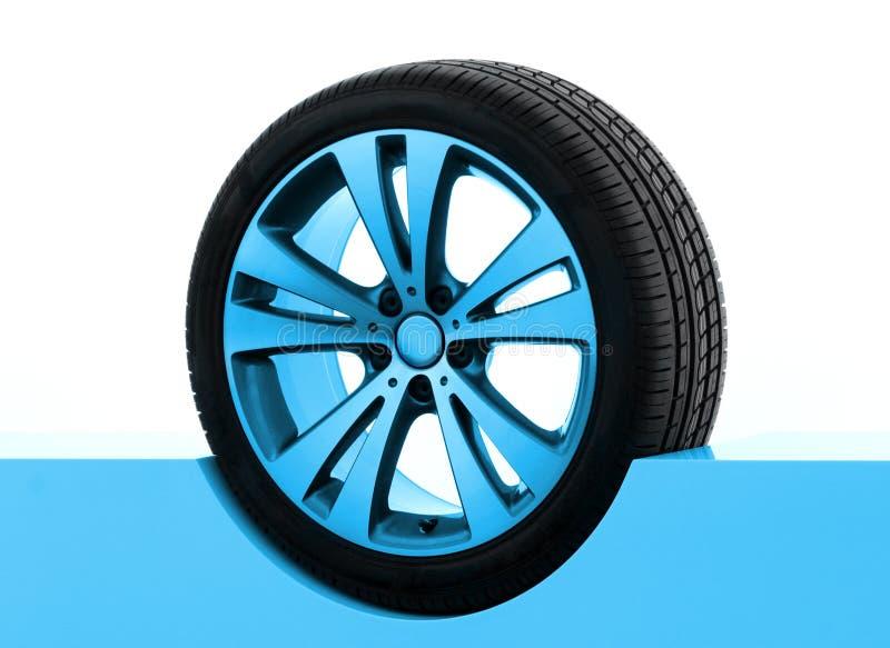 汽车介绍轮胎 图库摄影