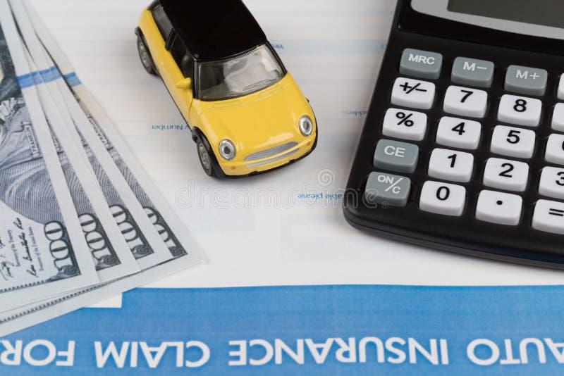 汽车保险索赔表 免版税库存照片