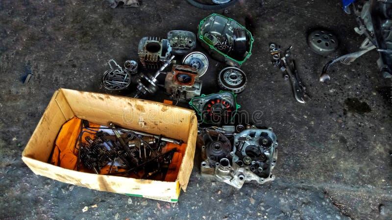 汽车修理的板钳 免版税库存照片