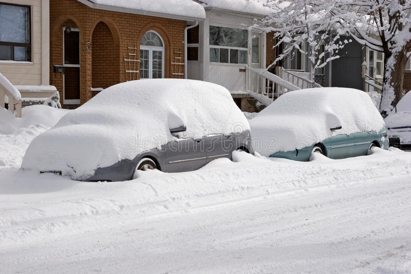 汽车包括雪 库存图片