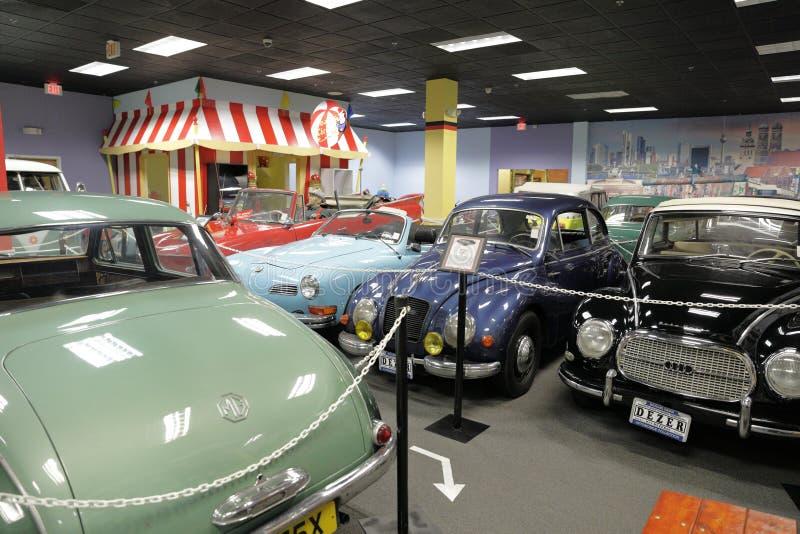 汽车和相关值得纪念的事的Dezer汇集的迈阿密自动博物馆 免版税库存照片