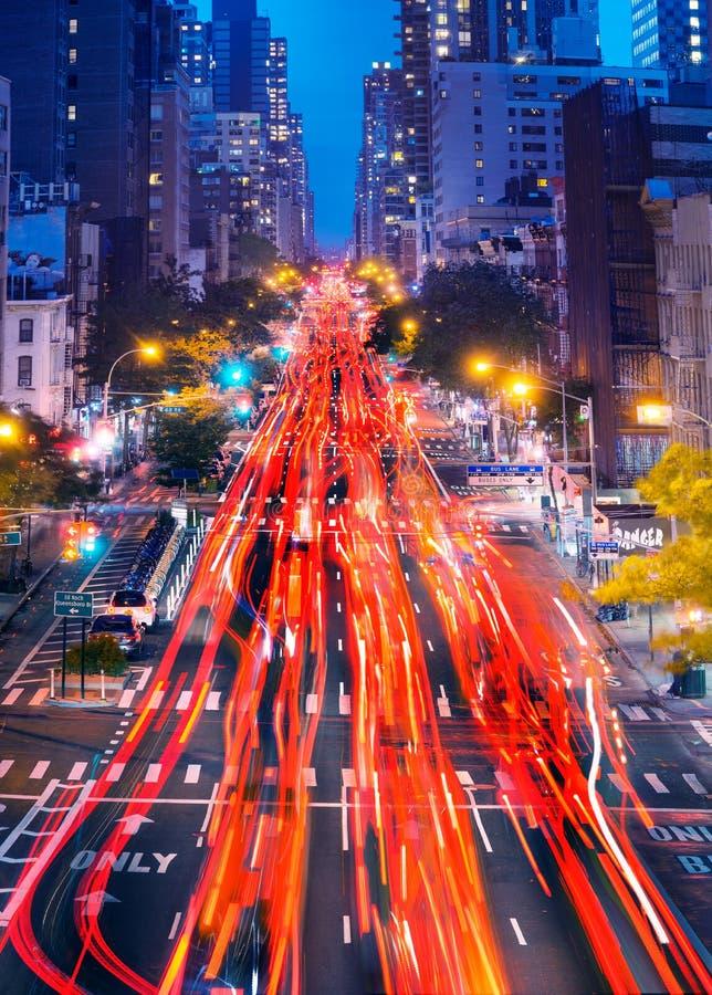 汽车在曼哈顿的光足迹 免版税库存照片