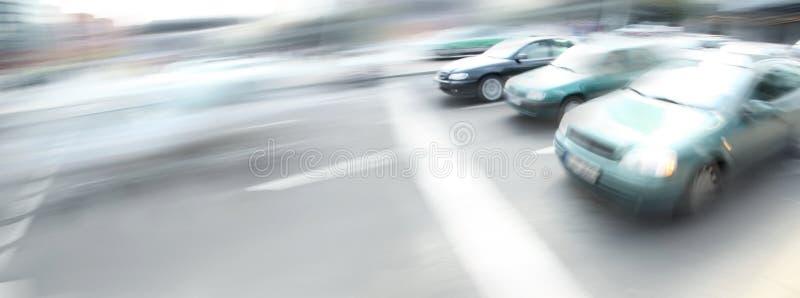 汽车城市街道 免版税库存图片