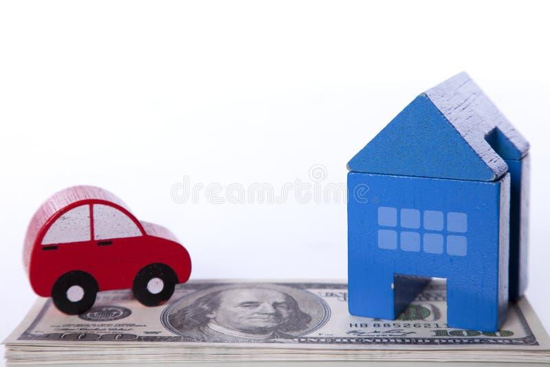 汽车房子投资 免版税库存照片
