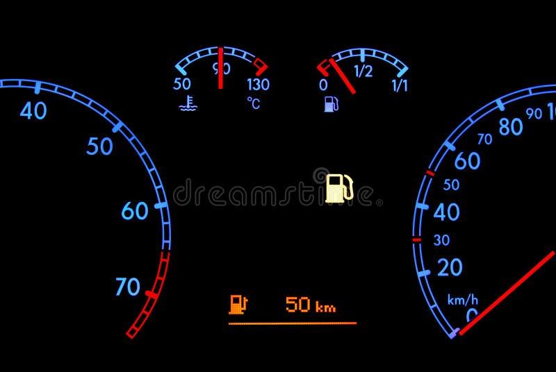 汽车控制板燃料低显示 库存图片