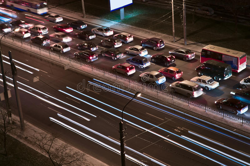 汽车晚上业务量 免版税库存照片