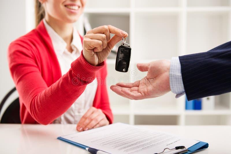 汽车租和销售 库存照片