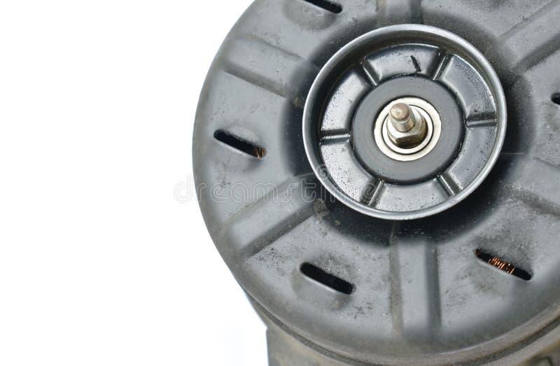 汽车空调系统的残破的电风扇风扇电动机在白色背景 免版税库存照片