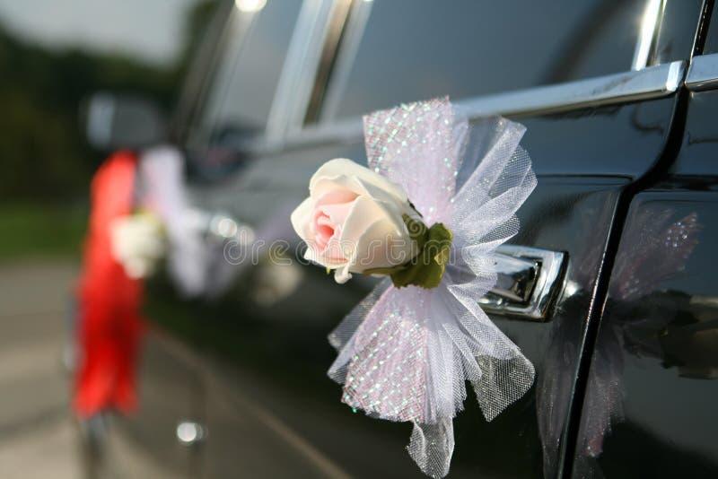 汽车装饰减速火箭的婚礼 图库摄影