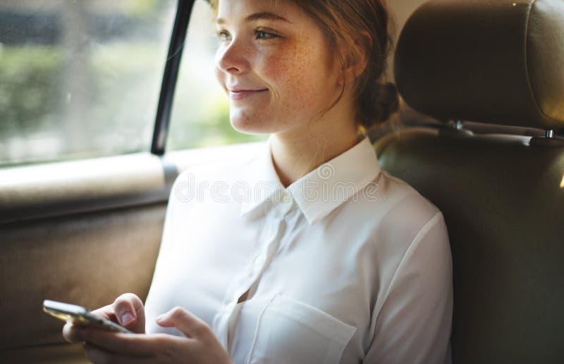 汽车车运输连接追求概念 免版税库存照片