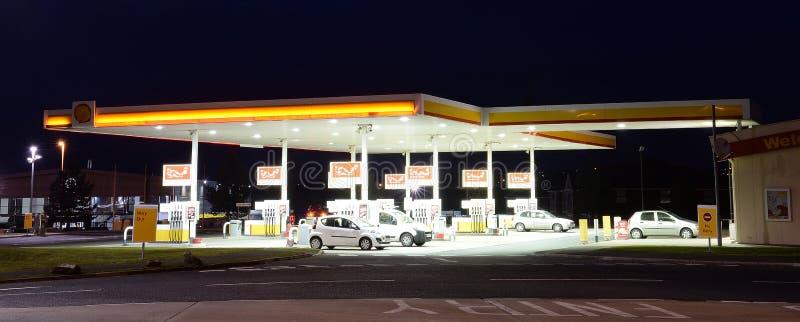 汽车结转您的加油站 库存图片