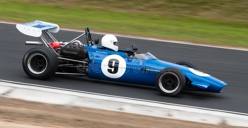 汽车V形臂章一级方程式赛车速度 免版税库存照片